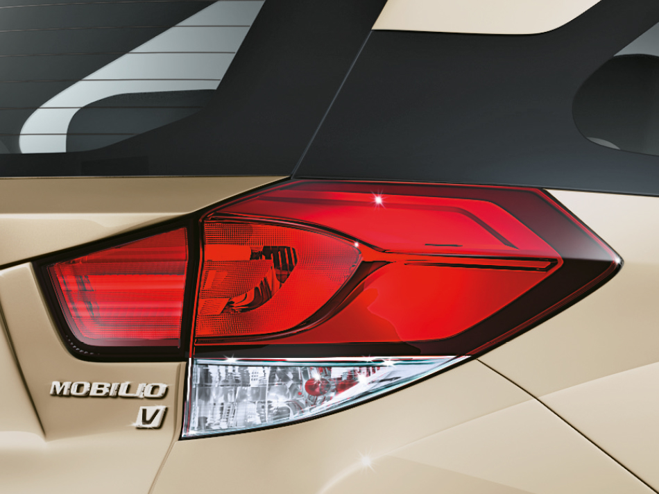 Attractive Rear Combi Lamps